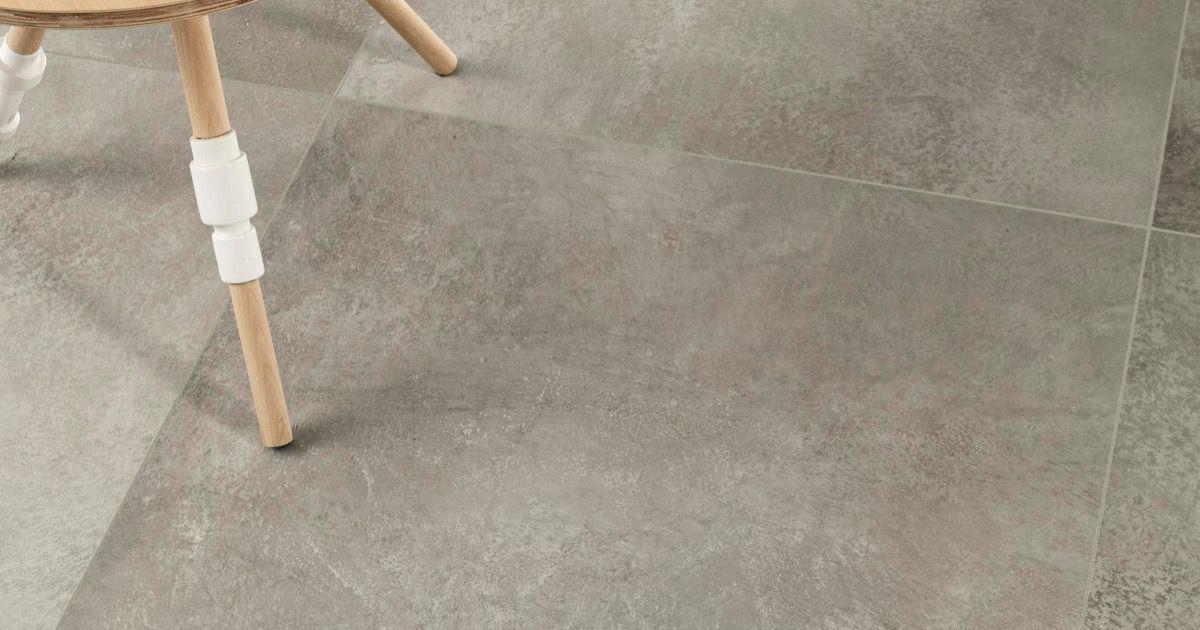 Cm2 cenere piastrelle in grandi formati effetto pietra - Posa piastrelle 120x60 ...