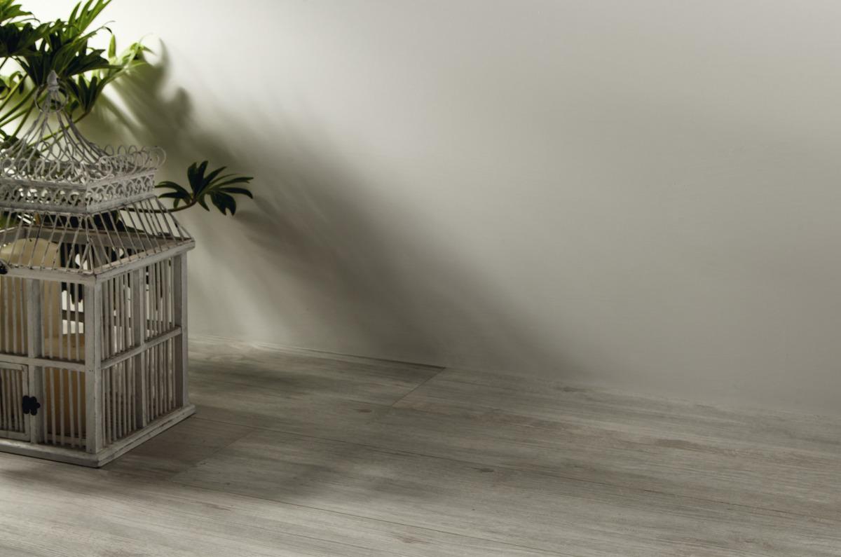 Battiscopa In Legno : Quercia shabby piastrelle in grandi formati effetto legno