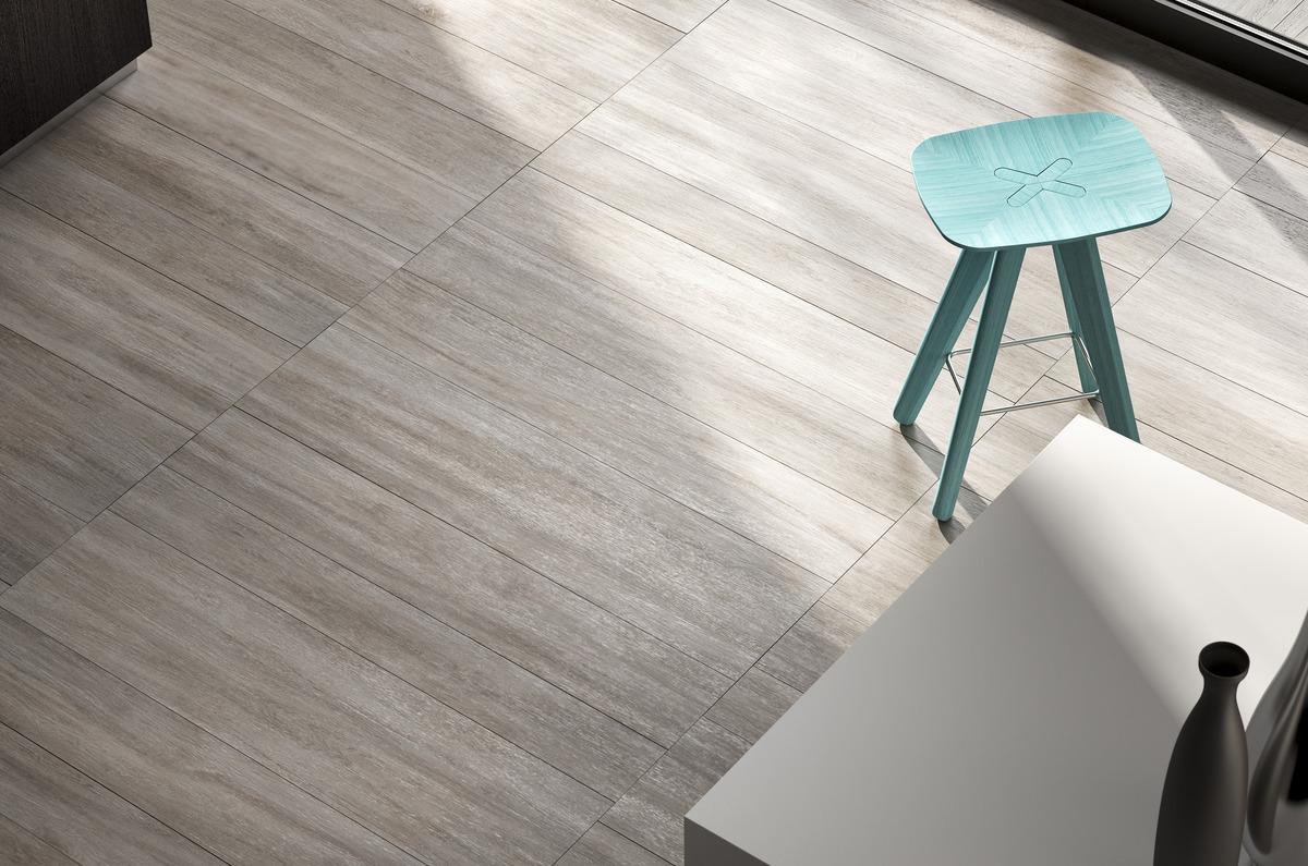 Battiscopa In Legno : Pavimenti effetto legno grigio chiaro rovere cenere