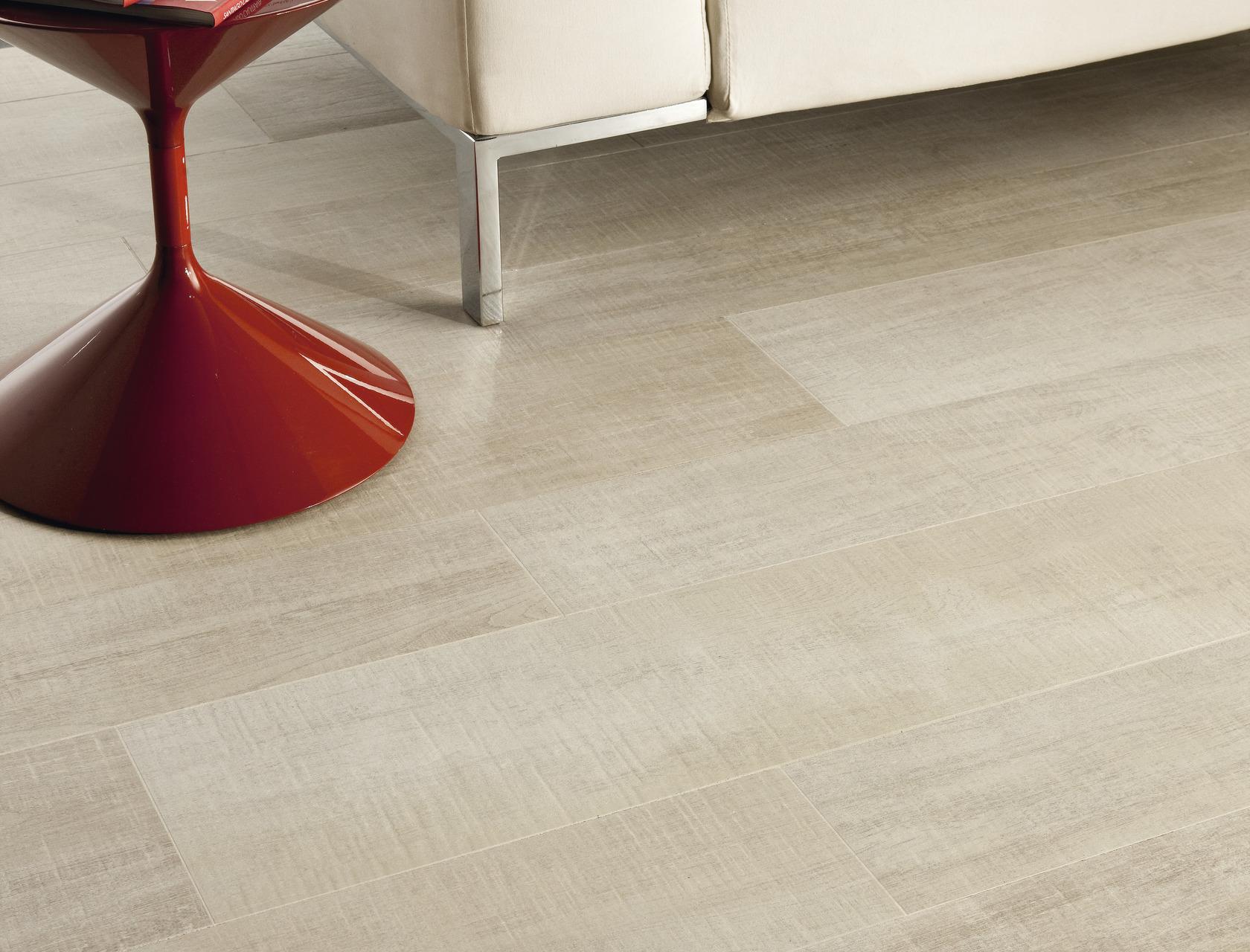Pavimenti rivestimenti effetto legno chiaro rovere corda for Gres porcellanato effetto legno grigio