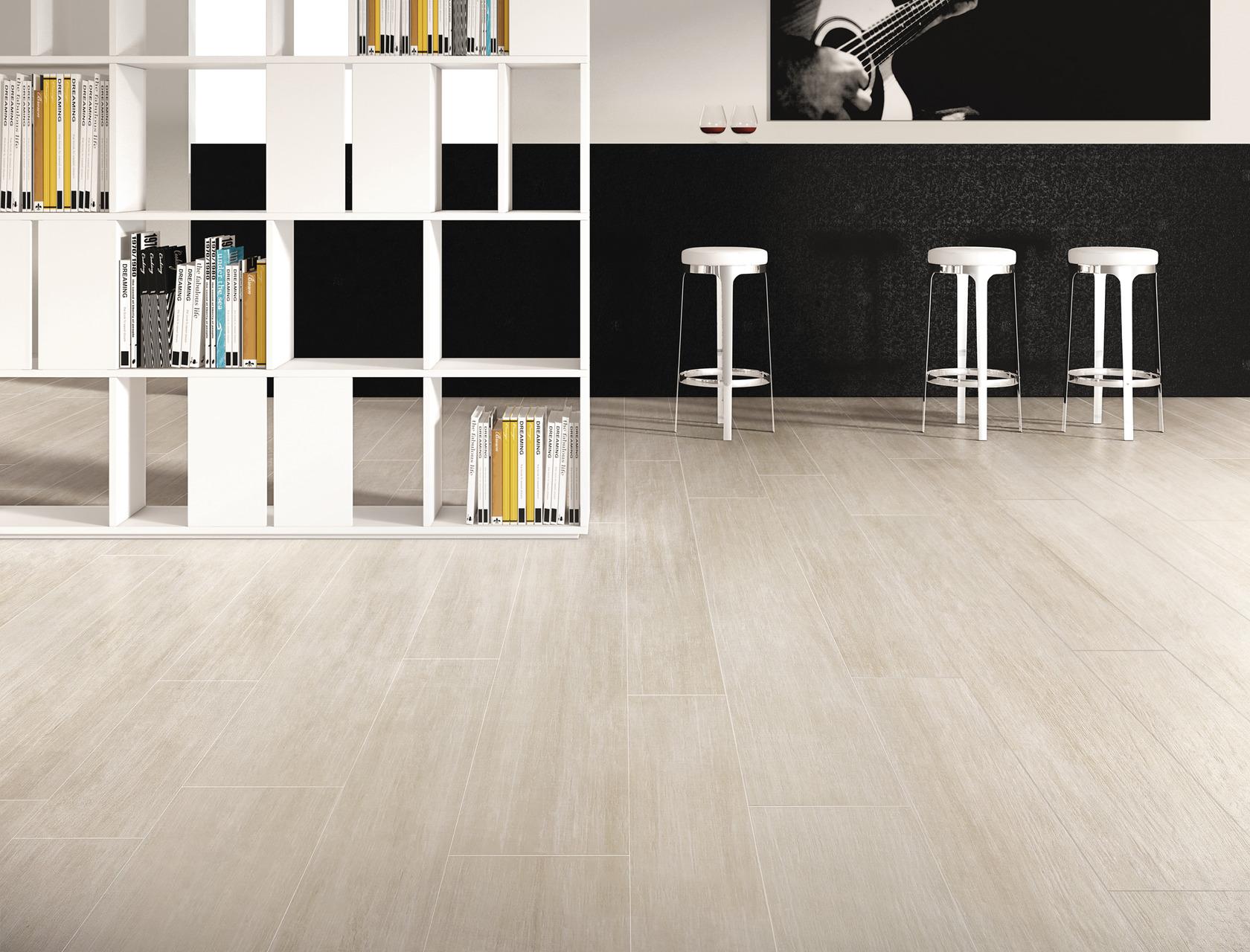 Gres effetto legno chiaro per pavimenti rivestimenti for Gres porcellanato grigio