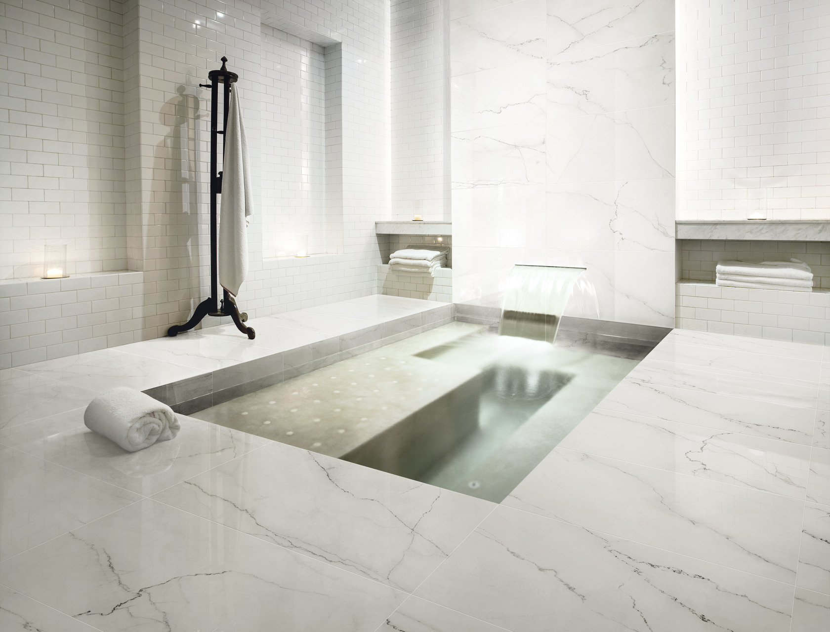 Gres porcellanato effetto marmo marmi classici pavimenti ariostea