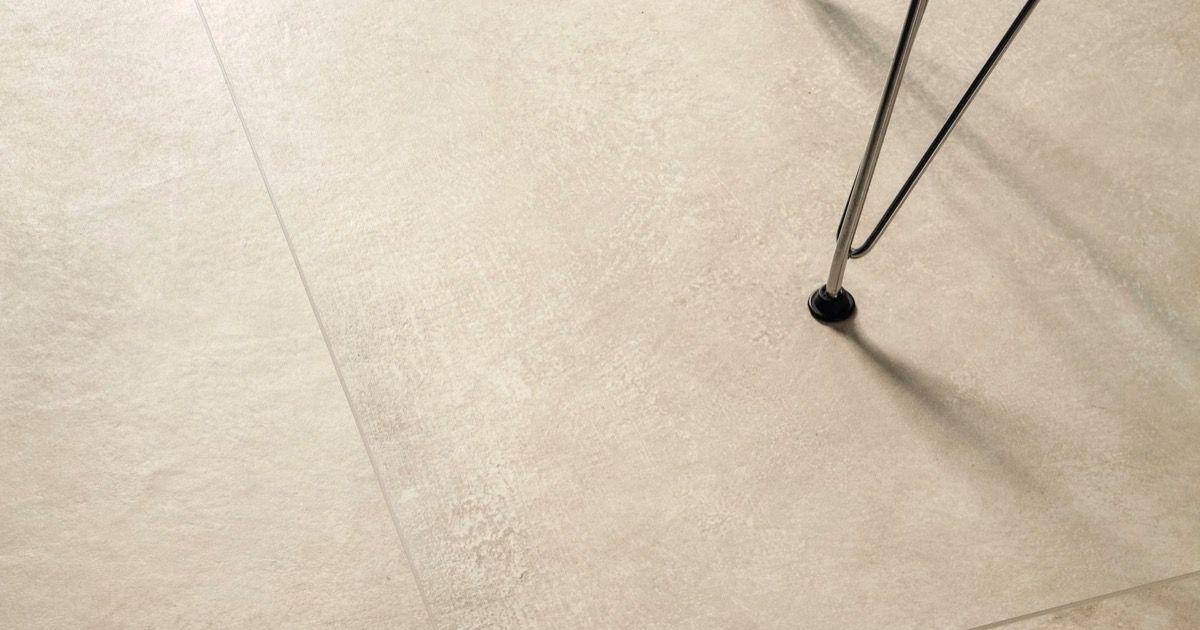 Sabbia piastrelle in grandi formati effetto pietra chiaro - Posa piastrelle 120x60 ...