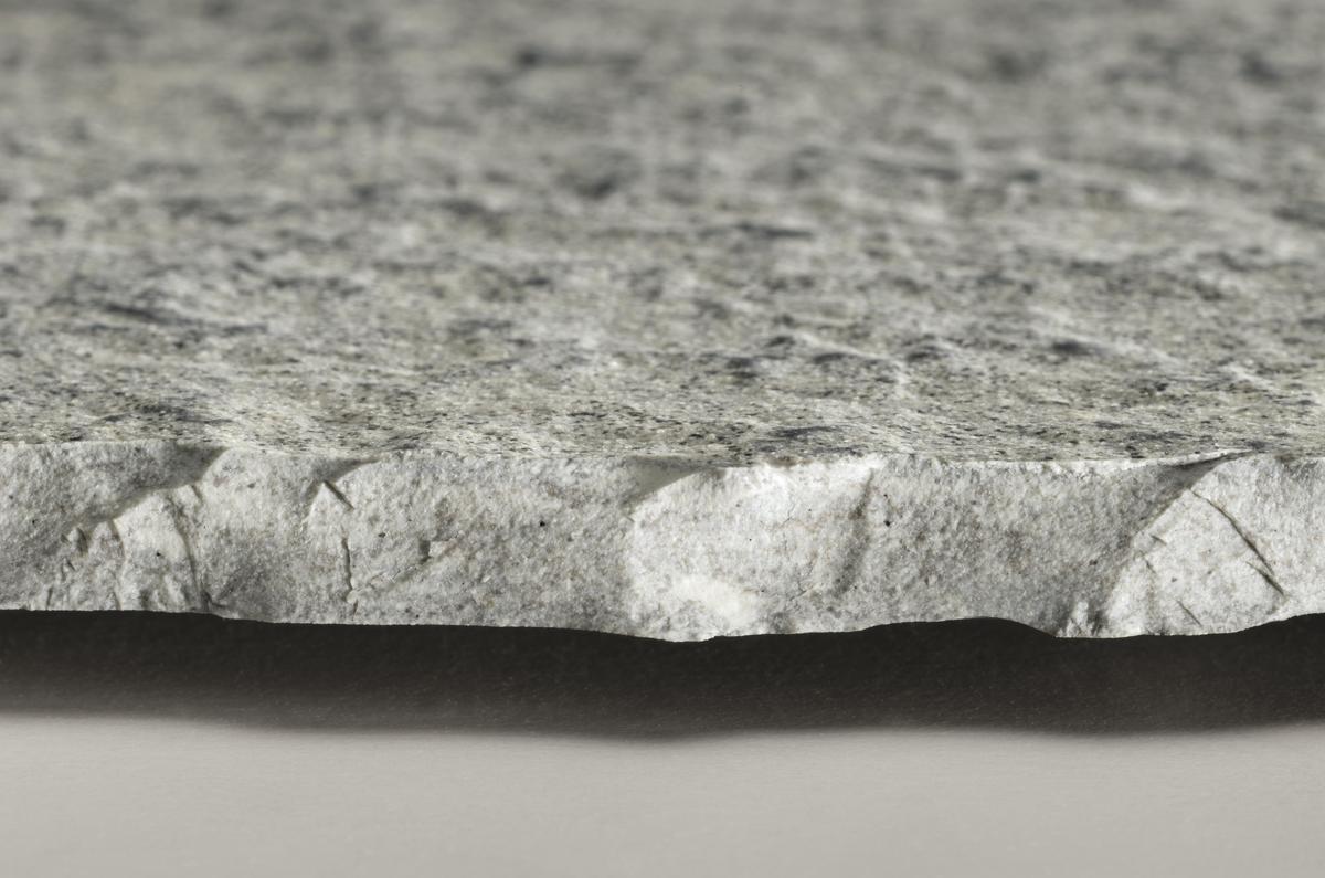 Pietra di luserna pavimento effetto pietra grigio chiaro