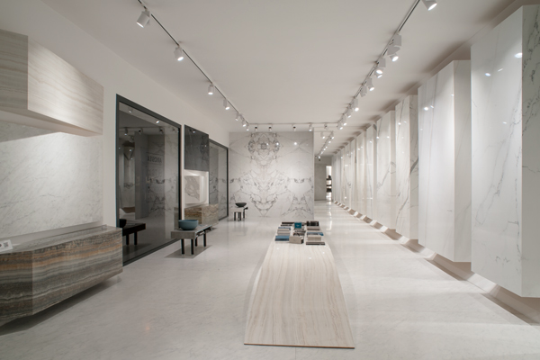Showroom Carrara