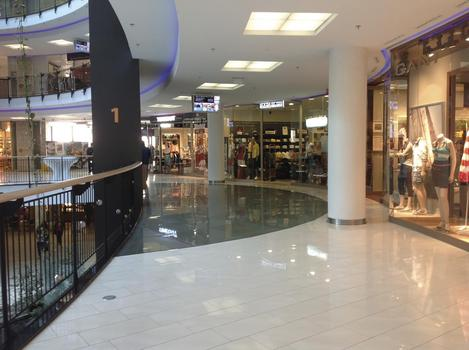 Mirage Shopping Center