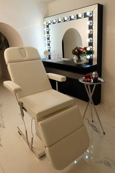 Make Up Studio Brow Bar